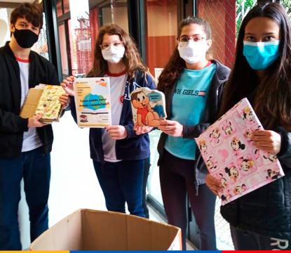 Em parceria com o Jornal Joca, alunos arrecadam livros para crianças e jovens refugiados